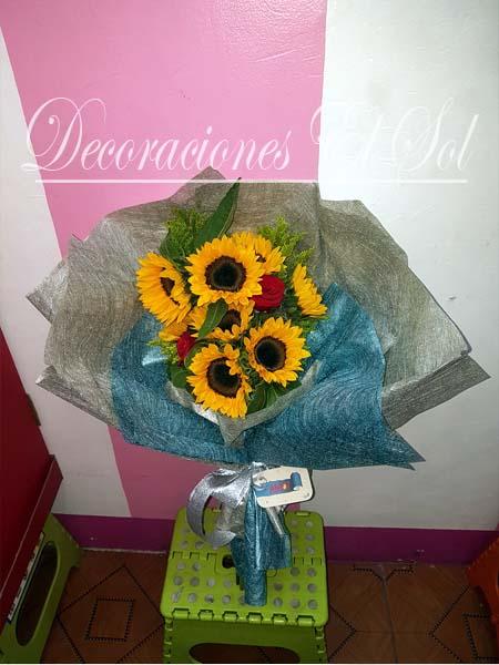 decoraciones_el_sol_te_veo_y_me_enamoras_arreglo_flores_naturales
