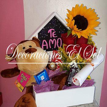 """Arreglo Floral """"Nidito de amor"""""""